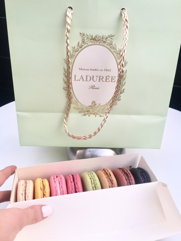 paris france summer laduree travel diary Eiffel Tower fashion blogger travel blogger macarons